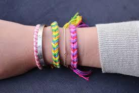 Braided Bracelet Patterns Stunning DIY Friendship Bracelets Fishtail Braid The Stripe