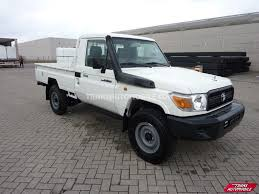Price Toyota Land Cruiser 79 Pick Up Diesel Hzj 79 Simple Cabin ...