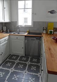 Innendekorationen mit Zementfliesen Küche