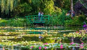 audio guided tour to giverny claude