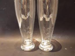 2 crate barrel pilsner beer glasses 24 ounce