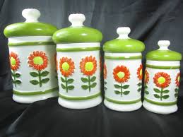 Green Canister Sets Kitchen Swan Products Retro Canisters Set Of 3 Green Amazoncouk Retro