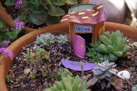 fairy gardening. Delighful Fairy Victoria Hannley Of Tucson Arizona Created Her Fairy Garden Using Objects  Leftover From With Fairy Gardening L