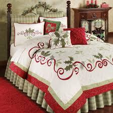 Holiday Garland Holly Quilt Bedding | Garlands, Christmas bedding ... & Christmas Bed Quilts | ... reviews holiday garland holly quilt bedding will  bring the Adamdwight.com