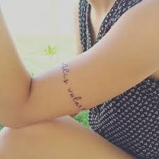 тату надписи посвященные любимому тату надпись для девушек лучшие