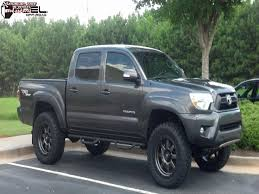 Toyota Tacoma Fuel Trophy D552 Wheels Matte Anthracite w/ Black Ring