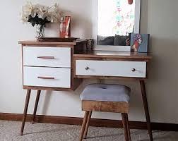 vanity table. Mid Century Modern Makeup And Vanity Table T
