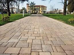 Pavimentazione Balconi Esterni : Mattonelle per giardino pavimenti esterni