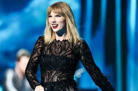 Taylor Swift Wows Pre Super Bowl Crowd With Two Live Debuts