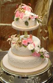 3 Tier Cascading Roses Lillies Wedding Cake Celticcakescom