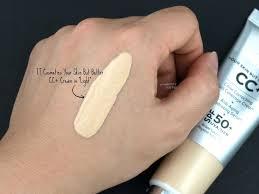 It Cosmetics Cc Cream Light Review It Cosmetics Now In Canada Cc Cream It Cosmetics Cc