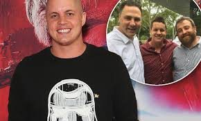 Johnny Ruffo praises pals for touching Instagram post | Daily Mail ...