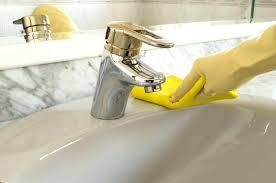 acrylic bathtub cleaner acrylic tub cleaner acrylic bathtub cleaner image led paint the bathtub step 1 acrylic bathtub cleaner