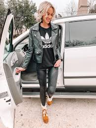 how to style leather leggings for sporty look how to wear spanx moto leggings for a sporty athleisure vibe
