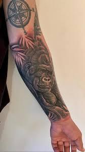 экс бойфренд пэрис хилтон перекрыл тату с ее именем изображением гориллы