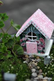 diy cute fairy houses with touches of glitter via lifeisaparty ca