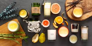 I'm a fan of this scent year-round, but as soon as the crisp weather hits,  anything apple has me completely crazy with thoughts of mulled cider and my  mom's ...