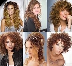 Coupe De Cheveux Frisés Femme Coiffure Simple Cheveux