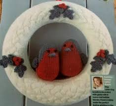 This means spike 1 and is worked on as follows: X4 Knitting Pattern Robins And Holly Leaves Christmas Wreath In Dk Ebay