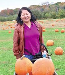 in photo medy beroy a successful pinay linguist who just bought a vine house in georgia usa