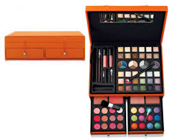 75 piece ulta makeup kit 19 99 another perfect gift for my friend who is turning into a beautiful young lady