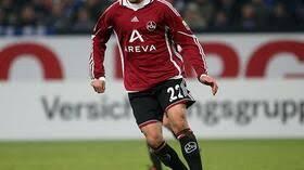 Born 24 october 1990) is a german professional footballer who plays as a midfielder for premier league club. Fussball Bundesliga Gundogan Bleibt Laut Sportdirektor Bader Beim Club