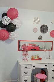 Paris Themed Bedroom Decorating Shes Crafty Paris Themed Bedroom