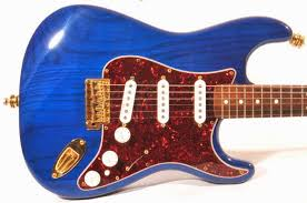 fender deluxe player trans sapphire blue friday strat  fender 98 deluxe player trans sapphire blue friday strat 355
