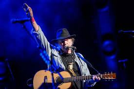Clapton didn't just take the songs he typically played on electric guitar and move them over to acoustic as most artists did. 27 Best Sing Along Guitar Songs Campfire Songs 2021 Guitar Lobby
