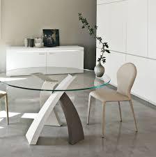 Table Salle A Manger Design Pied Central Maison Design Bahbe Com
