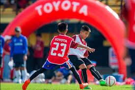 """โตโยต้าร่วมสนับสนุนวงการฟุตบอลไทย ผ่านโครงการ """"โตโยต้า จูเนียร์ ฟุตบอลคลินิก  2019"""" ผลักดันเยาวชนไทยส"""