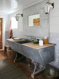 20 upcycled and one of a kind bathroom