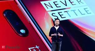 Update your device now: OnePlus <b>set</b> to <b>roll</b> out a 1.8GB Android <b>10</b> ...
