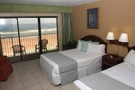 2 Bedroom Oceanfront Family Suite Picture 5