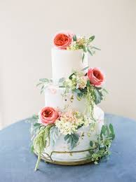 pictures of wedding cakes with flowers beautiful floral wedding