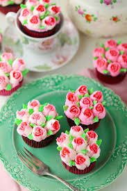 Rose Cupcakes With Russian Pastry Tips Mom Loves Baking