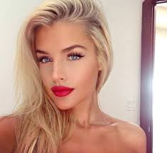 red lips makeup for blondes