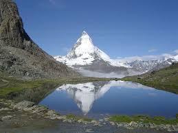絶景の連続!ゴルナーグラートから歩いて望むマッターホルン | スイス | LINEトラベルjp 旅行ガイド