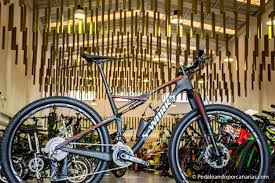 s works for sale for sale 2017 specialiized s works epic fsr di2 2016 trek madone