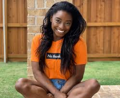 Simone Biles Flaunts Her Fit Body For Coveted Photos — Is She The New Naomi  Campbell? | Simone biles, Fitness body, Famous gymnasts