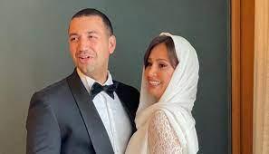 الجمهور يسخر من صورة حلا شيحة وزوجها يُغلق التعليقات