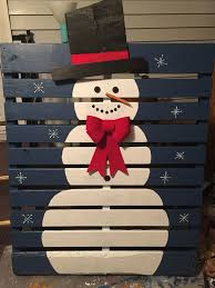 skid pallet ideas. 17 pallet projects to deck your halls for christmas skid ideas o