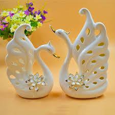 Đèn xông tinh dầu bát tràng giúp căn phòng tỏa hương thơm mát