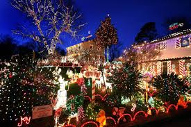 Great Christmas Light Fight Richmond Tonight Richmonds Phifer Family Will Compete On The Great