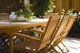 how to paint outdoor furniture style