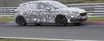 Nuova Seat Leon 2020 benzina, diesel e plug-in hybrid: le ...