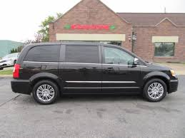 2016 chrysler town country touring l 19 990 value my trade apply for credit