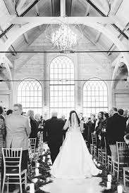 st louis wedding venue stone house st charles erica robnett photography