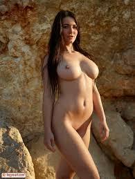 Nude art big boobs