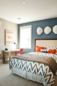 Black Feature Wall Bedroom Ideas 2
